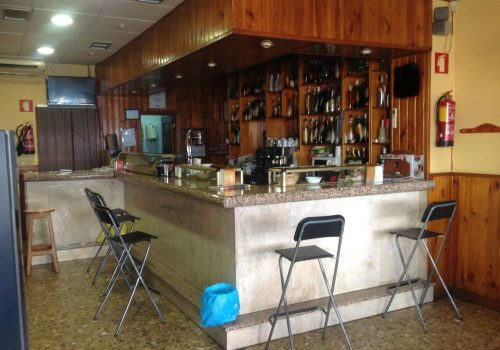 bar-en-alquiler-en-azuqueca-de-henares-guadalajara-montado-y-con-cocina-2