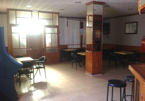 bar-en-alquiler-en-cantoria-almeria-con-amplia-terraza-3