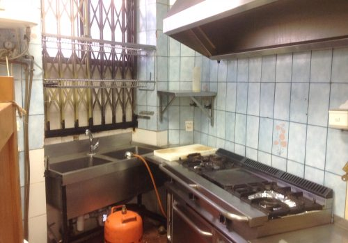 bar-en-alquiler-en-madrid-con-cocina-montada-4