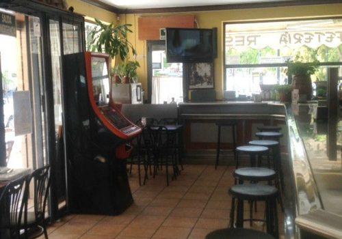 bar-restaurante-en-alquiler-en-guadix-granada-muy-bien-situado-y-montado-9