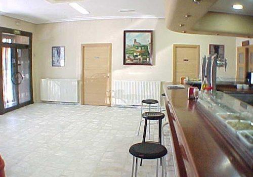 bar-restaurante-en-venta-en-villalbilla-madrid-montado-y-con-vivienda-12