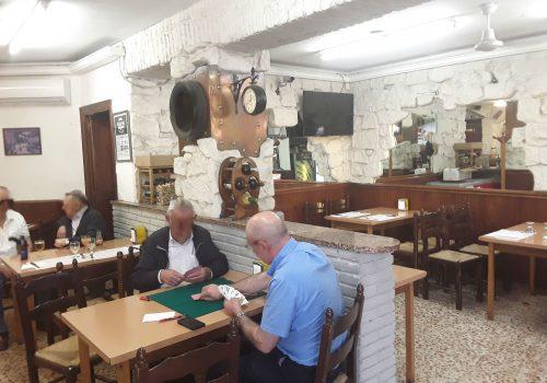 bar-en-alquiler-en-barcelona-bien-situado-y-totalmente-montado-4