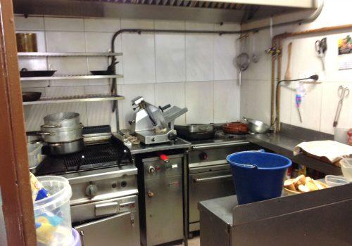 bar-en-alquiler-en-lleida-totalmente-montado-y-con-cocina-6
