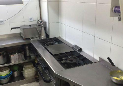 bar-en-alquiler-en-santander-totalmente-montado-y-con-cocina-equipada-6