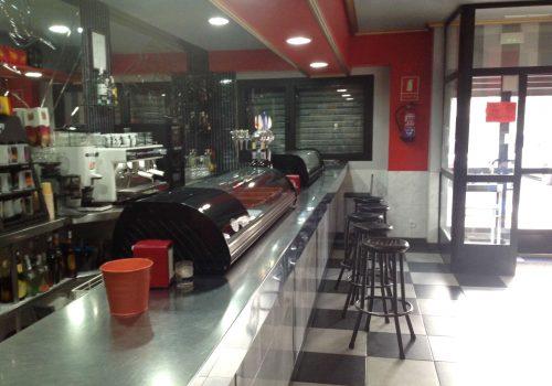 bar-en-alquiler-en-valladolid-montado-y-con-cocina-1