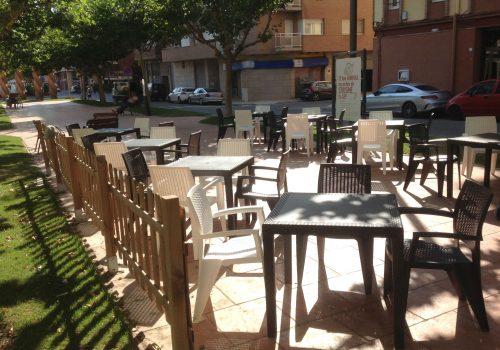 bar-en-alquiler-en-almacelles-lleida-con-buena-terraza-2