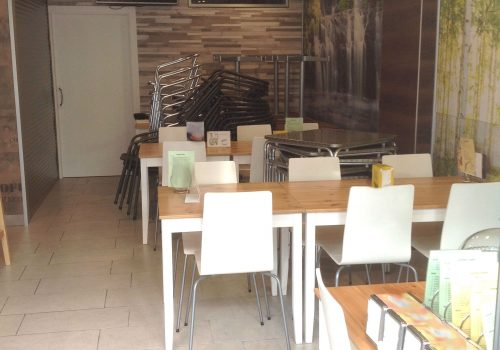 bar-en-alquiler-en-cambrils-tarragona-montado-y-con-terraza-9