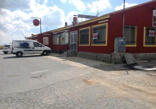 bar-restaurante-en-alquiler-en-santa-maria-del-cubillo-avila-con-vivienda-1