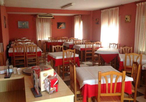 bar-restaurante-en-alquiler-en-santa-maria-del-cubillo-avila-con-vivienda-11