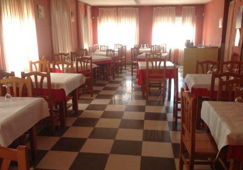 bar-restaurante-en-alquiler-en-santa-maria-del-cubillo-avila-con-vivienda-12