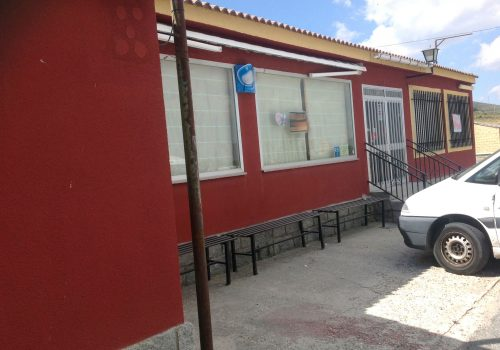 bar-restaurante-en-alquiler-en-santa-maria-del-cubillo-avila-con-vivienda-3