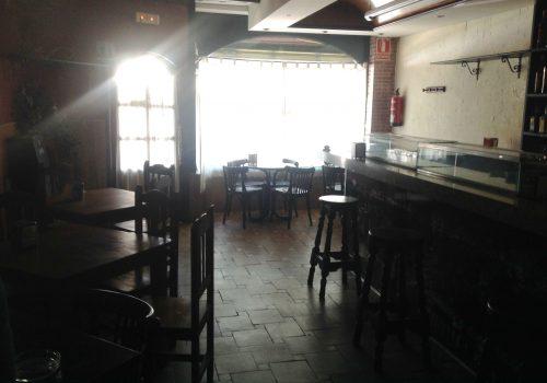 bar-en-alquiler-en-laguna-de-duero-valladolid-con-terraza-y-cocina-3