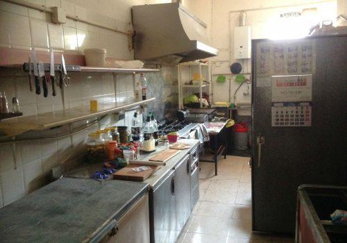 bar-en-alquiler-en-laguna-de-duero-valladolid-con-terraza-y-cocina-6