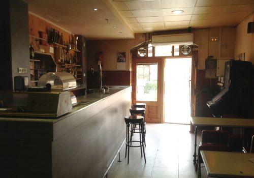bar-con-cocina-en-alquiler-en-menarguens-lleida-2