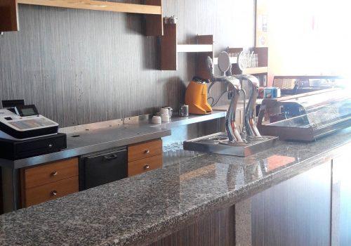 bar-en-alquiler-en-plasencia-caceres-montado-con-cocina-y-terraza-1