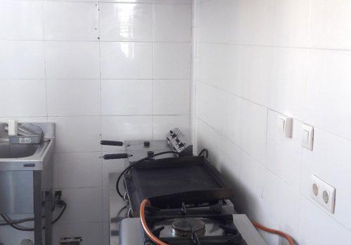 bar-en-alquiler-en-plasencia-caceres-montado-con-cocina-y-terraza-4