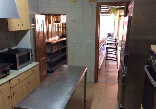 bar-en-alquiler-en-valdepeñas-ciudad-real-con-cocina-8