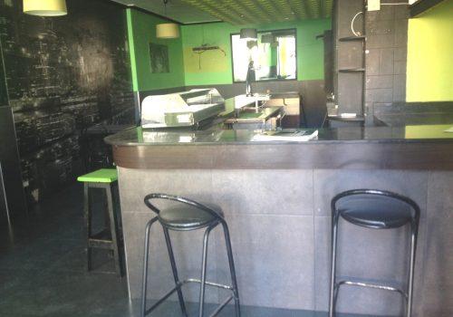 bar-en-alquiler-en-el-barco-de-avila-avila-en-una-plaza-3