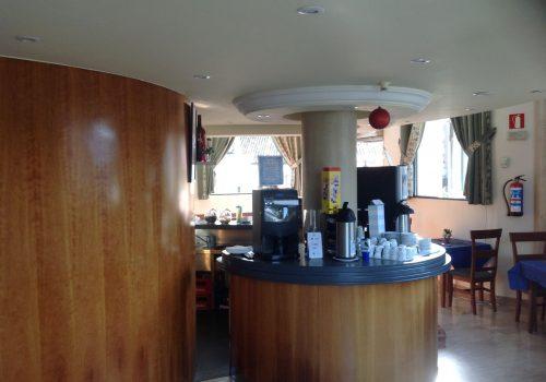 bar-con-cocina-en-alquiler-en-maliaño-cantabria-montado-3