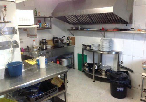 bar-con-cocina-en-alquiler-en-maliaño-cantabria-montado-5