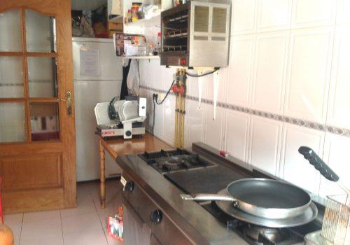 bar-en-alquiler-en-piñar-granada-montado-y-con-cocina-6