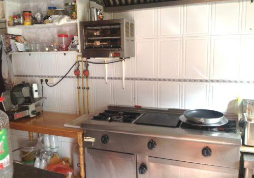 bar-en-alquiler-en-piñar-granada-montado-y-con-cocina-7