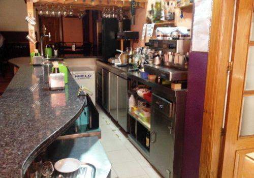 bar-en-alquiler-en-piñar-granada-montado-y-con-cocina-8