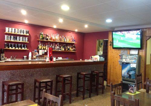 bar-en-venta-en-torello-barcelona-con-terraza-3