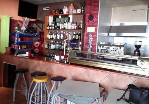 bar-pequeño-en-alquiler-en-vic-barcelona-2