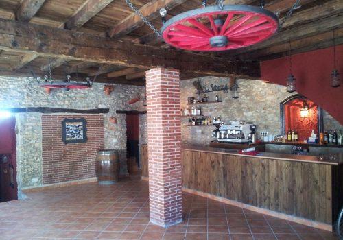 bar-restaurante-en-alquiler-en-masdenverge-tarragona-2