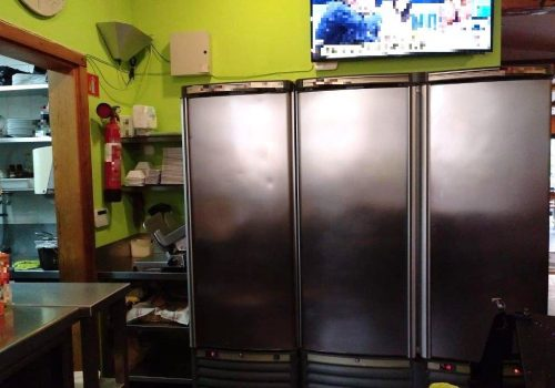 bar-montado-en-alquiler-en-berga-barcelona-con-cocina-10