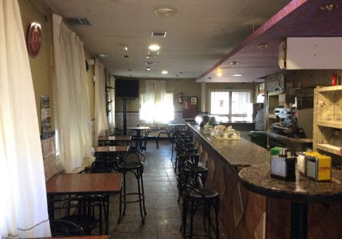 bar-en-alquiler-en-marchagaz-caceres-con-terraza-5