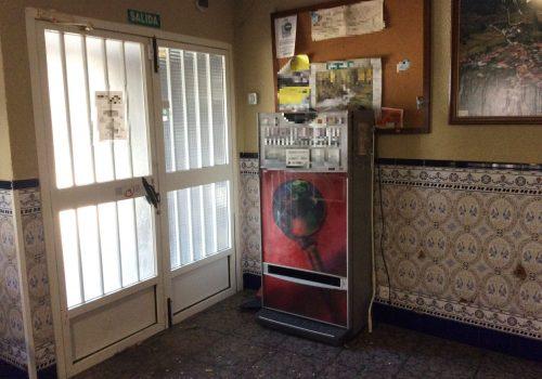bar-en-alquiler-en-marchagaz-caceres-con-terraza-9