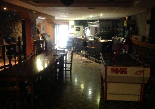 bar-en-alquiler-en-barruelo-de-santullan-palencia-con-terraza-1