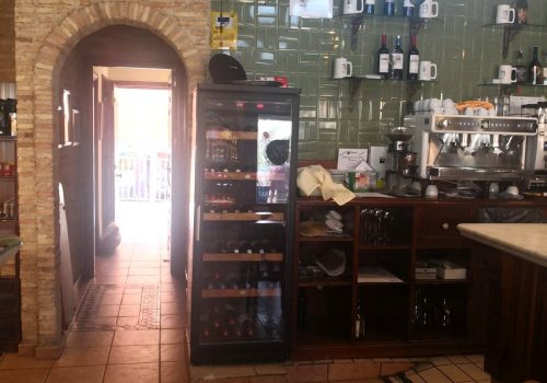 bar-restaurante-montado-en-alquiler-en-madrid-2