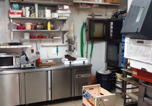 bar-en-alquiler-en-alfarras-lleida-montado-y-con-cocina-5