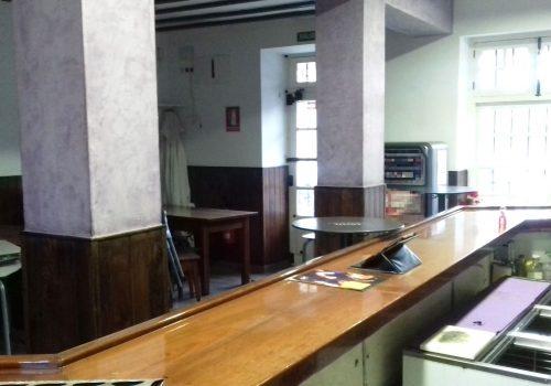 bar-con-cocina-en-alquiler-en-torrelavega-cantabria-2