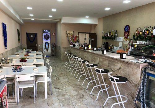 bar-montado-y-con-terraza-en-alquiler-en-canet-de-mar-barcelona-2