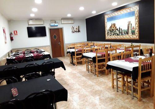 bar-restaurante-en-alquiler-en-cardona-barcelona-montado-1