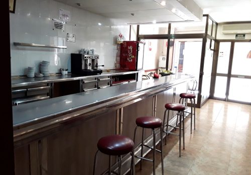 bar-restaurante-en-alquiler-en-cardona-barcelona-montado-2