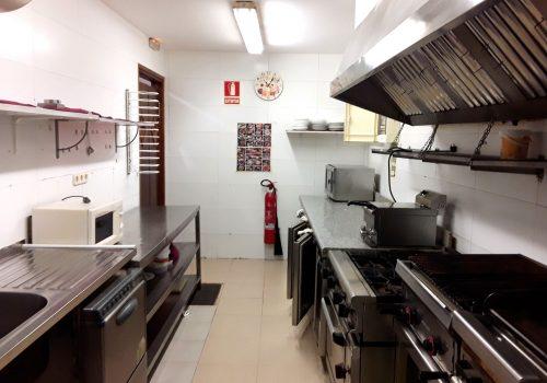 bar-restaurante-en-alquiler-en-cardona-barcelona-montado-5