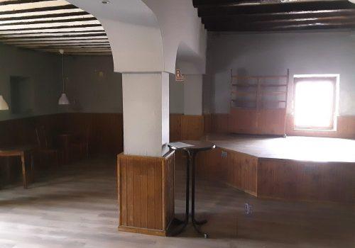 bar-en-alquiler-en-serracines-madrid-con-terraza-12