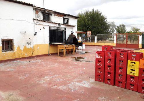 bar-en-alquiler-en-serracines-madrid-con-terraza-26