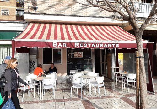 bar-con-terraza-en-alquiler-en-malaga-totalmente-montado-1