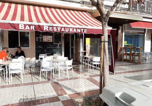 bar-con-terraza-en-alquiler-en-malaga-totalmente-montado-2