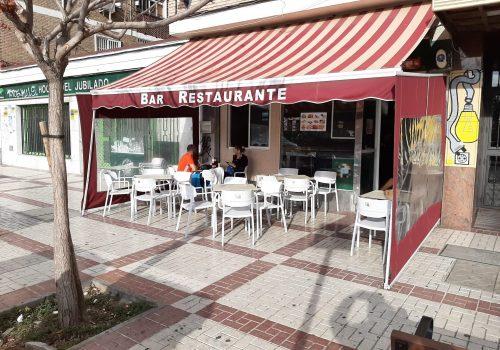 bar-con-terraza-en-alquiler-en-malaga-totalmente-montado-3