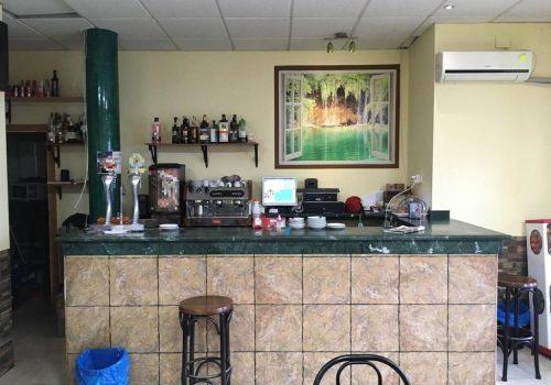 bar-en-alquiler-en-navas-del-rey-madrid-con-terraza-1