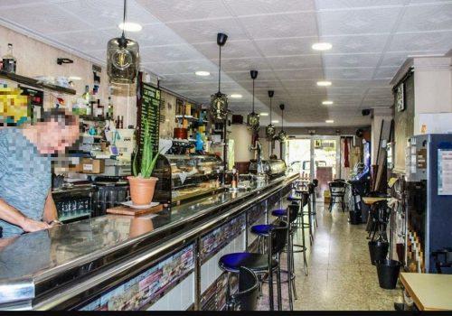 bar-en-alquiler-con-opcion-a-compra-en-montcada-i-reixac-barcelona-con-cocina-10