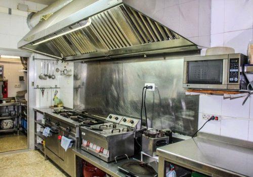 bar-en-alquiler-con-opcion-a-compra-en-montcada-i-reixac-barcelona-con-cocina-8