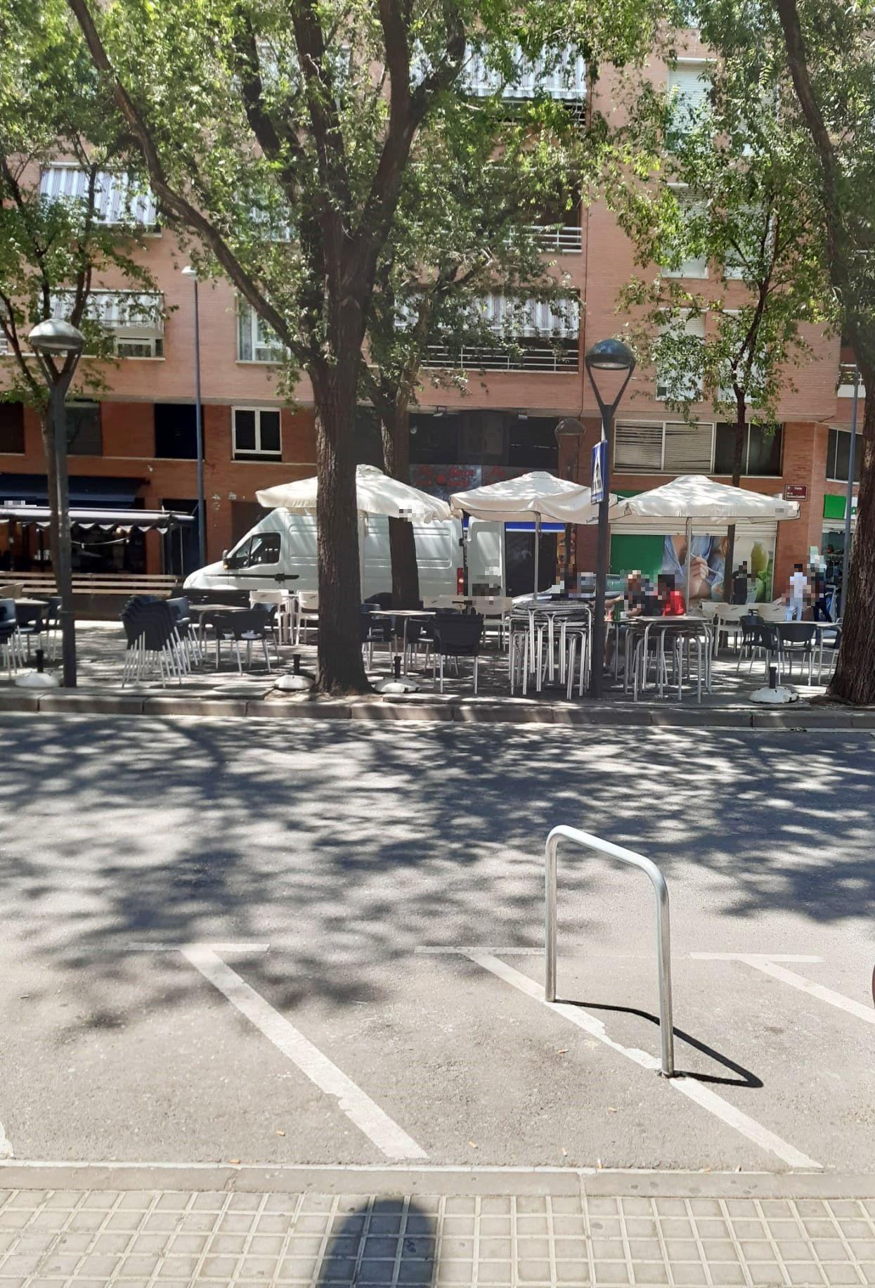 bar-en-alquiler-en-lleida-con-terraza-2